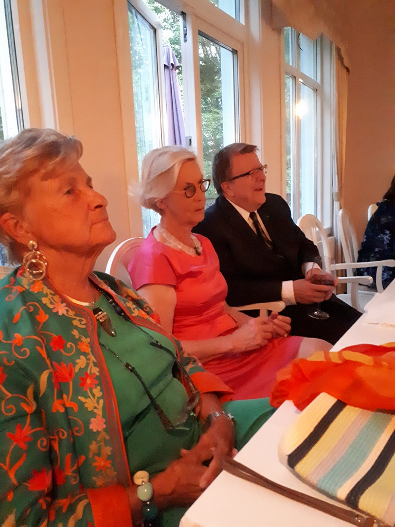 Karstadt at celebration dinner seated next to two other recipients of the Swedish American of the Year award, Agneta Nilsson (2006) and Barbro Osher (2008)