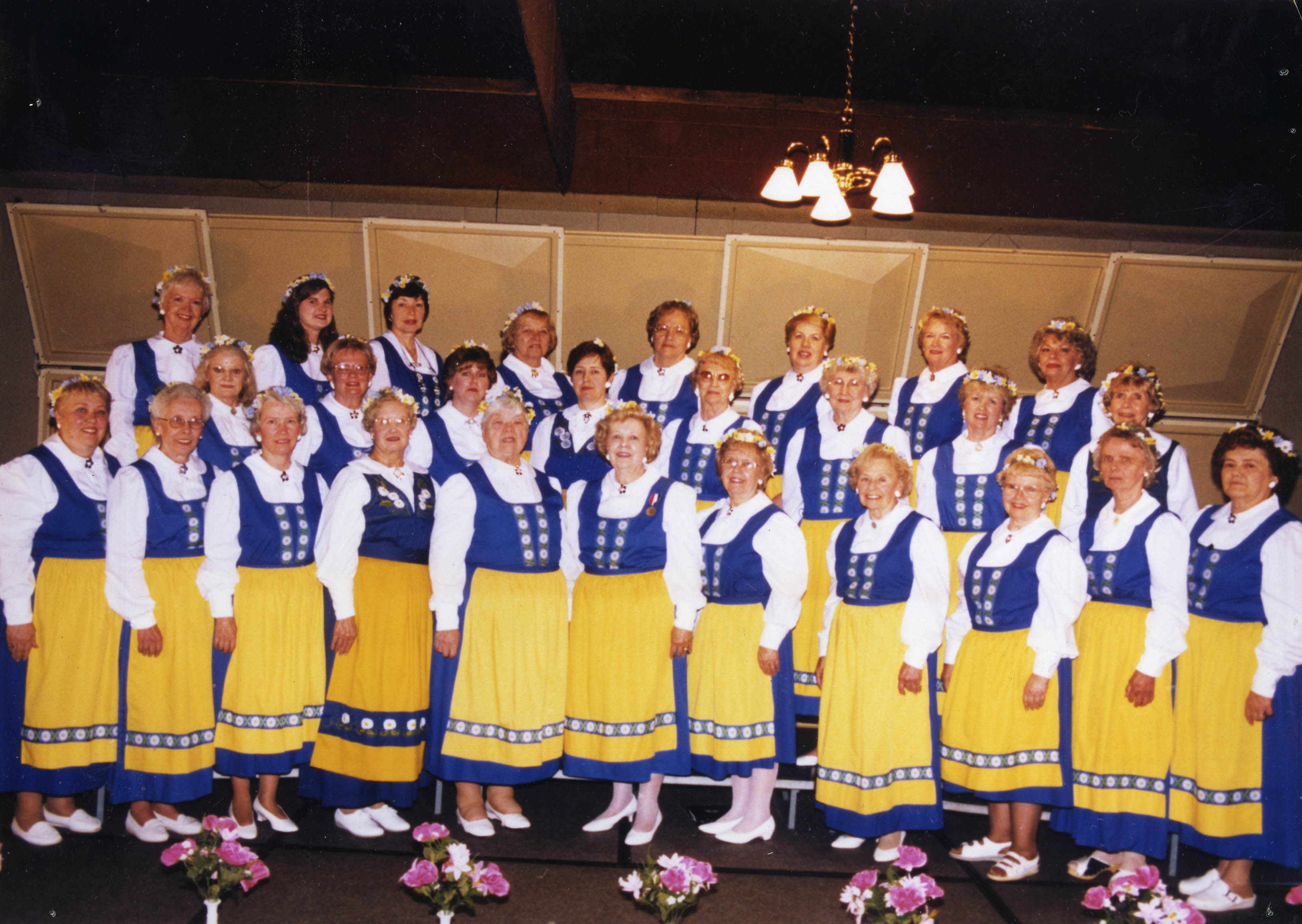 The Scandia Chorus from the Swedish Club in Farmington, Michigan. From American Union of Swedish Singers records, Swenson Swedish Immigration Research Center.