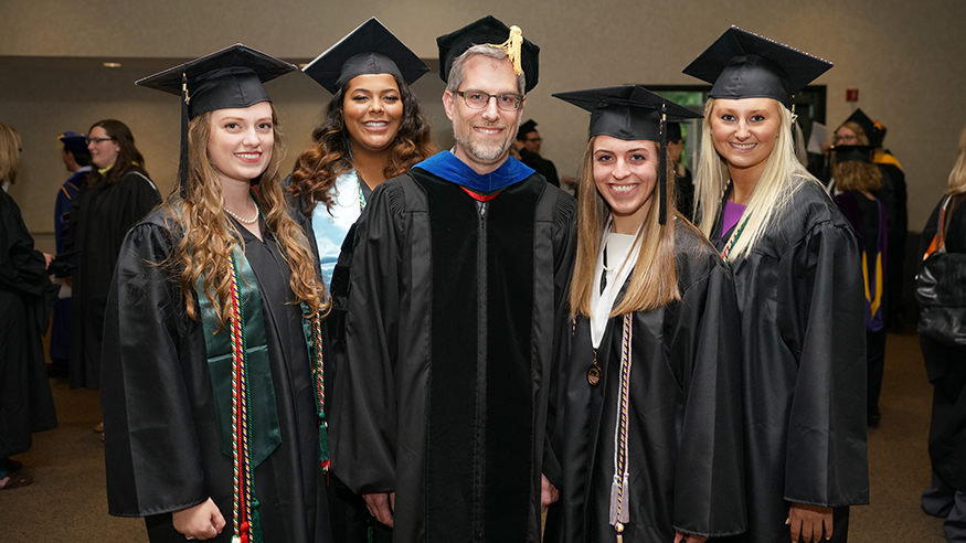 Dr. Jason Koontz and 2017 pre-dentistry students